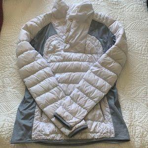 Lulu lemon puffer pull over jacket. Size 12. EUC.